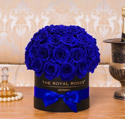 The Royal Bonbon black_blue