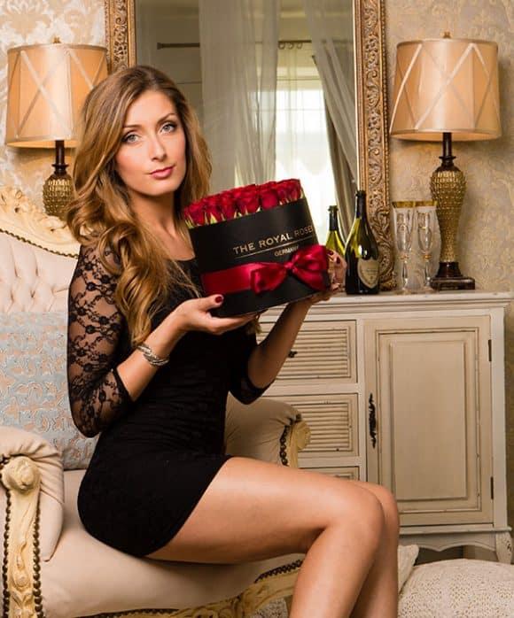 The Royal Roses - Rosenbox - Runde Box mit roten Rosen